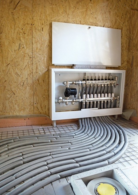 In-floor hydronic heating system